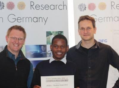 INISA Stipendiaten 2012: Musololi Mutale und Min'enhle Ncube